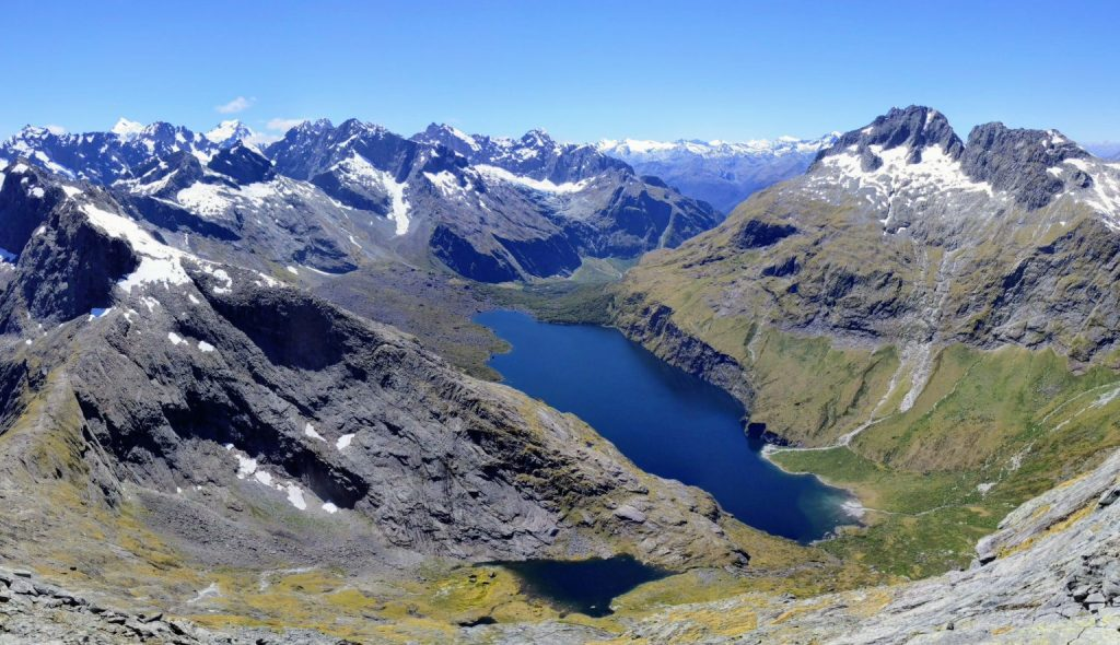 edward-hathway's-72+-hikes-in-new-zealand